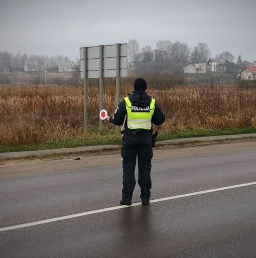 Policija tikrino vairuotojų blaivumą