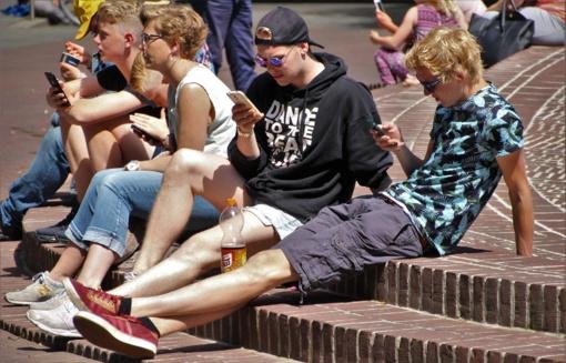 Saugūs internete: virtualaus gyvenimo taisyklės jaunuoliui