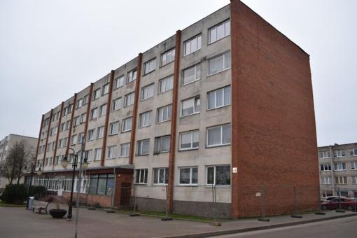 Vilniaus gatvėje renovuojamas jau antras namas