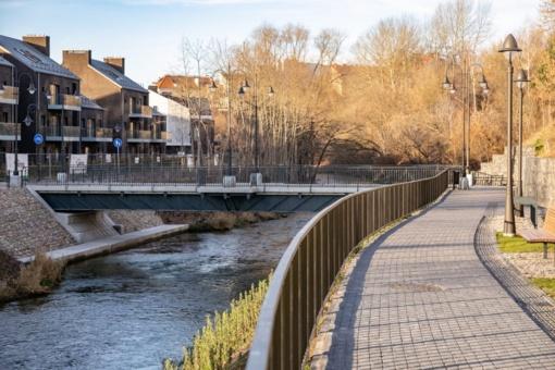 Užupio ir Paupio krantus sujungė naujas pėsčiųjų tiltas