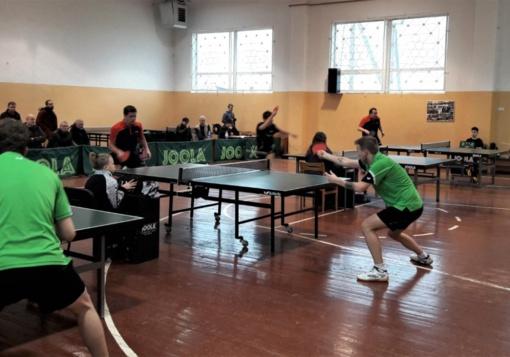 Sužaistas stalo teniso pirmasis ratas