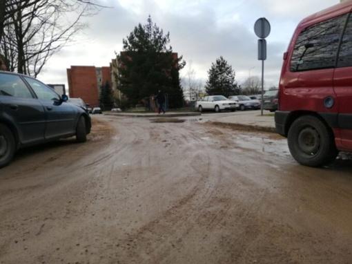 """Šilumos tinklų rekonstrukcija """"klampina"""" automobilius"""