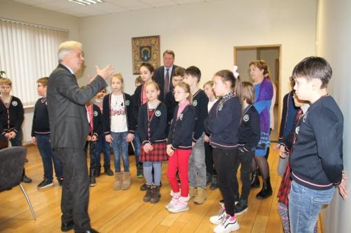 Utenos rajono savivaldybės administracijos svečiai – ketvirtokai iš Krašuonos progimnazijos