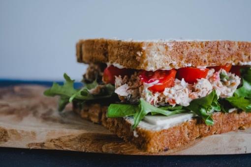Pietūs biure: ką valgyti, jeigu maistą pamiršote namuose?