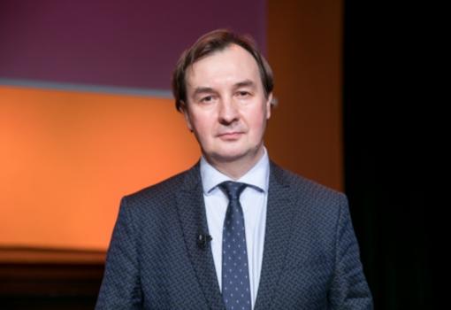 VU rektoriumi išrinktas istorikas R. Petrauskas