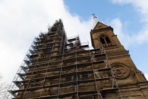 Krekenavos bazilikos remontas gali ir užtrukti: prireiks papildomai lėšų