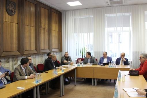 Komitetai susipažino su Tarybai teikiamais klausimais