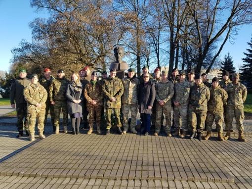 Šakių rajone lankėsi NATO pajėgų tarptautinės misijos kariai