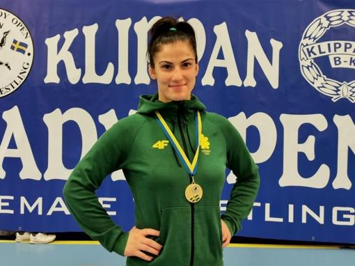 "Aukso medalis Danutei Domikaitytei iš elitinio UWW ""Klippan Lady Open"" imtynių turnyro"