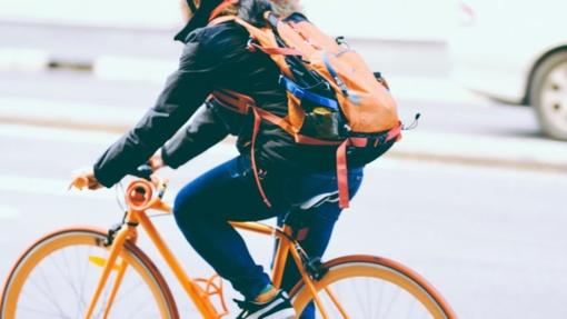 Šios 5 valstybės moka žmonėms už važiavimą dviračiu