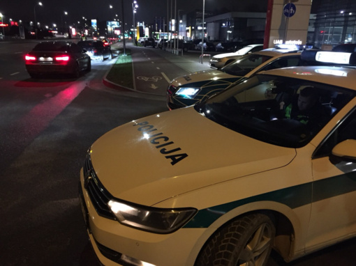Kaune ir Kauno rajone policijos pareigūnai patikrino beveik 1200 vairuotojų blaivumą