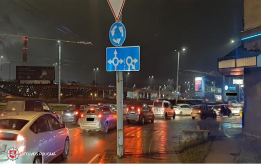 Savaitgalį per eismo nelaimes sužeisti 36 asmenys, ligoninėje mirė sužeidimus patyręs pėsčiasis