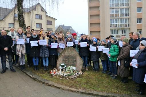 Šiauliuose paminėta Holokausto aukų atminimo diena