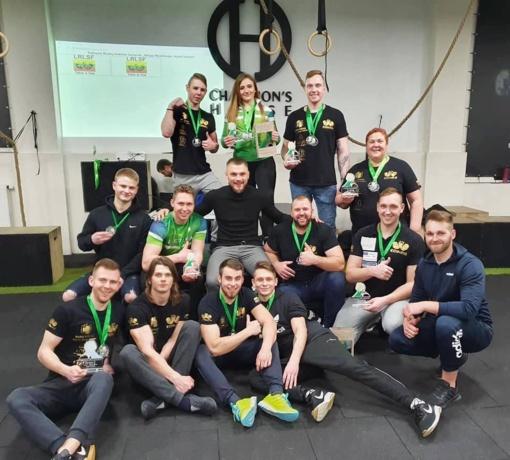 17 medalių Kuršėnų stipruoliams