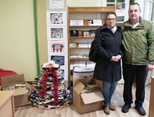 Geras knygas dovanojantiems pasvaliečiams – nuoširdi bibliotekininkų padėka