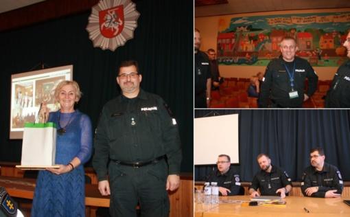Policijos ataskaitiniame susirinkime – apie metų veiklos rezultatus ir darbo anekdotus