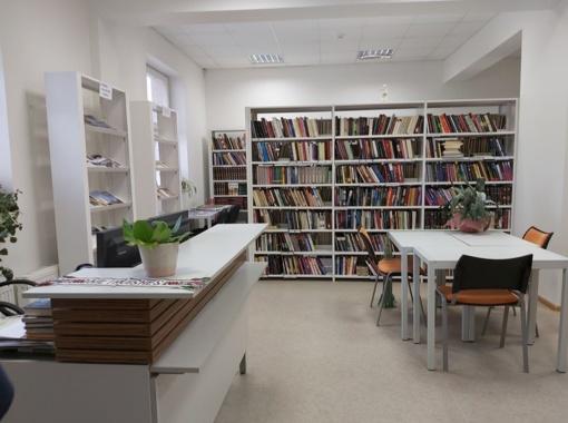 Kviečia užsukti į atsinaujinusią Kietaviškių biblioteką