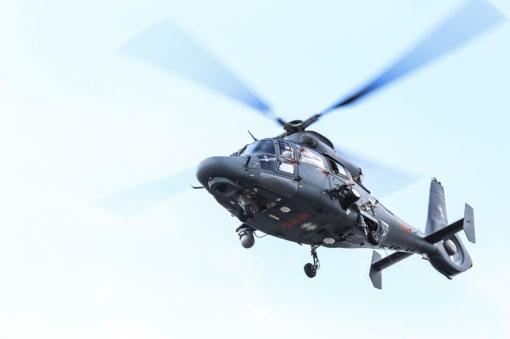Karinių oro pajėgų sraigtasparnis pergabeno donoro širdį iš Rygos į Vilnių