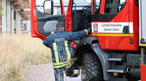 Radviliškio rajone sudegė sandėliukas, dėl padegimo įtariamas neblaivus vyras