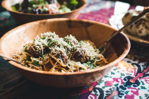 Itališkai buitiškai: makaronai su mėsos kukuliais