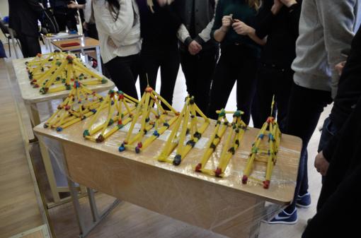 """Čempionato """"Makaronų tiltai"""" regiono turas vyko Simono Daukanto gimnazijoje"""