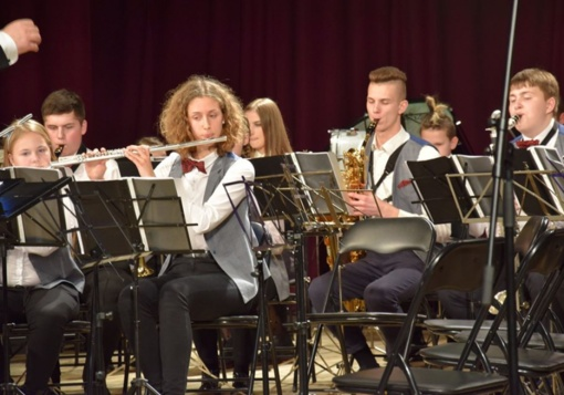 Vilkaviškį drebino geriausi Lietuvos pučiamųjų orkestrai