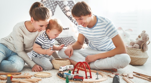 Tyrimas: vaiko žaislams tėvai kasmet išleidžia apie 240 eurų