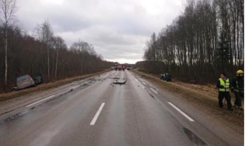 Biržų rajone nesuvaldžiusi automobilio žuvo vairuotoja