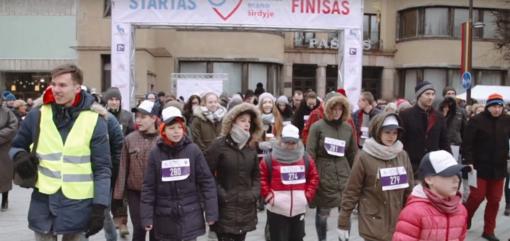 Tūkstančiai žmonių ėjo Kaune. Tikslas – palaikyti sergančiuosius diabetu (vaizdo įrašas)