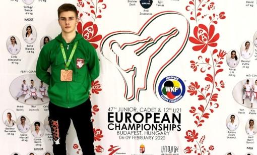 Radviliškietis olimpinės karatė Lietuvos rinktinės narys Gvidas Dišlė Vengrijoje iškovojo bronzos medalį