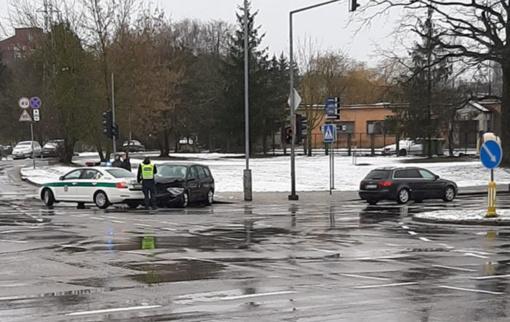 Avarijoje Vilniuje nukentėjo dvejų metų vaikas ir moteris