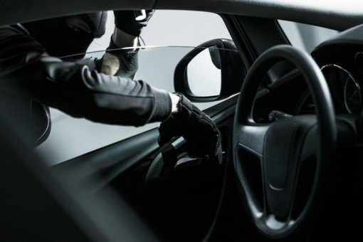 Vagystės iš automobilių: BMW, Volkswagen ir Lexus savininkai turėtų likti budrūs