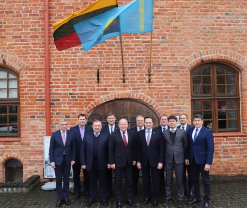 Kazachstano ambasadorius dega žalią šviesą Kauno regiono verslininkams