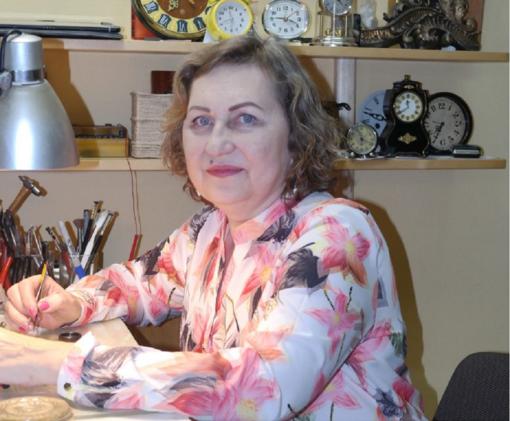 Vienintelė Šilutės laikrodininkė Lidija Mikutienė
