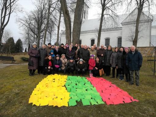 Vasario 16-ąją kaimai ir miesteliai šventė laisvę