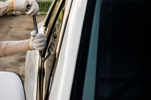 Kupiškio rajone – stipriai apgadintas automobilis