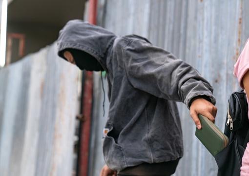 Prekybininkai sunerimę – Seimas pasiruošęs ilgapirščiams atlaisvinti rankas