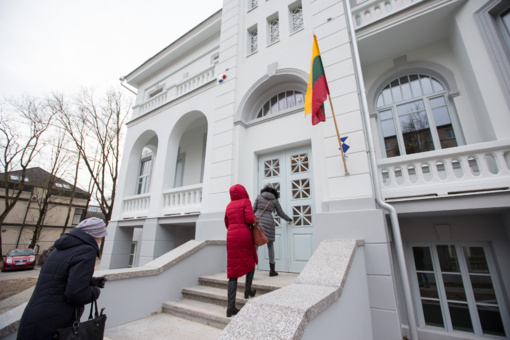 Vasario 16-osios proga duris atvėre restauruoti Venclauskių namai