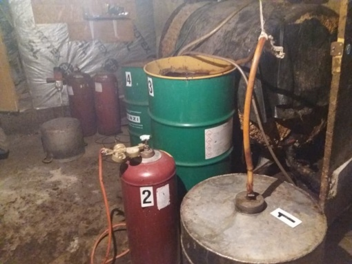 Kelmės pareigūnų radinys – 100 litrų naminukės