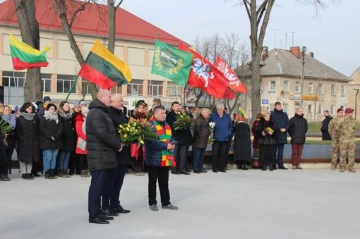 Vasario 16-oji Kalvarijoje: nuo žygio į Lietuvos Nepriklausomybės Akto signataro Petro Klimo tėviškę iki P. Klimo paminklo atidengimo ceremonijos
