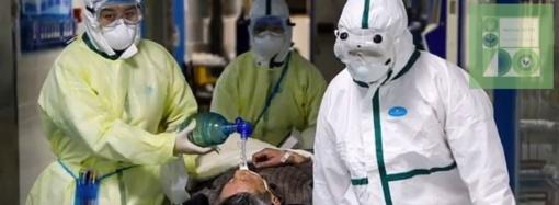 Mirė Kinijos viruso epidemijos epicentre esančios ligoninės direktorius