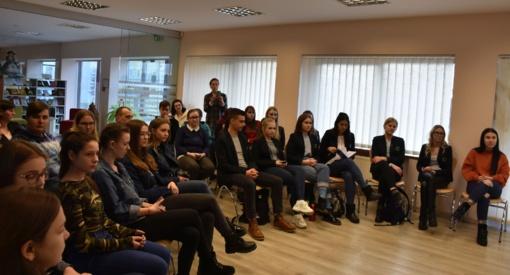 Jaunimas dalyvavo susitikime su meru