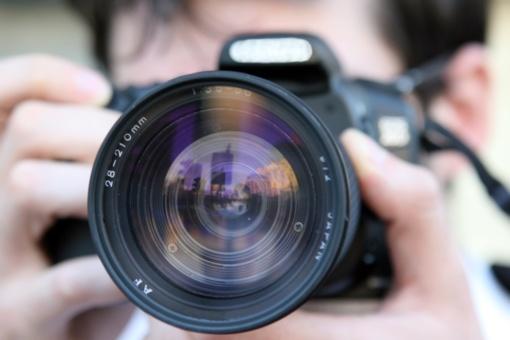Garsus šalies fotografas kaltinamas seksualiniu priekabiavimu: merginų liudijimai šiurpina