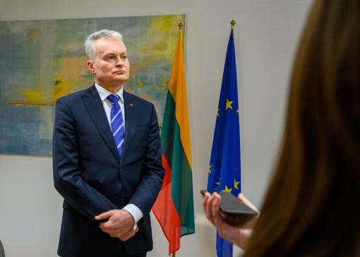 Lenkijos prezidentas dėkoja G. Nausėdai už solidarumą dėl Katynės ir Smolensko