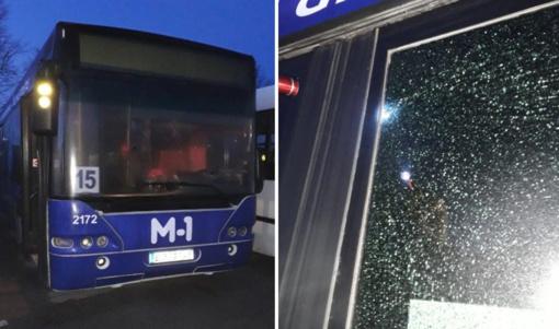 Panevėžyje apšaudytas autobusas
