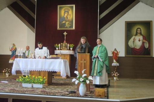 """Vykusioje konferencijoje """"Mūsų krašto šventieji"""" – dėmesys dvasinėms jaunimo vertybėms"""