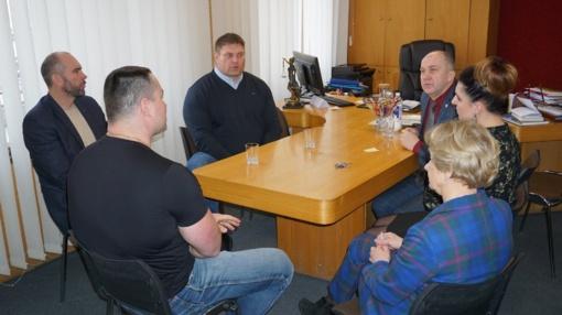 Ukmergės rajono savivaldybėje lankėsi stipriausias pasaulyje žmogus – Žydrūnas Savickas