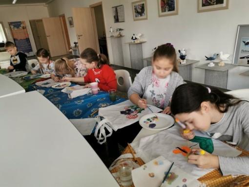 """""""Saulės"""" filiale vaikai smagiai leido laiką žiemos atostogų stovyklėlėje"""