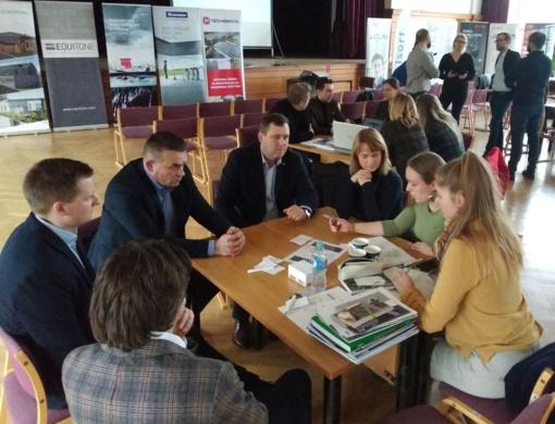 Kūrybinėse dirbtuvėse pristatė projektinius pasiūlymus atgaivinant Biržų erdves
