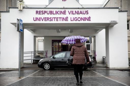 Dėl neatsargaus gyvybės atėmimo Vilniaus ligoninėje teisiami du chirurgai